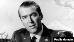 Джимми Стюарт в форме военно-воздушных сил США