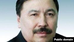 Қазақстан парламентінің сенаты аппаратының бұрынғы жетекшісі Ержан Өтембаев.