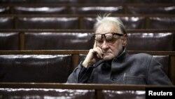 Macar rejissoru Bela Tarr.