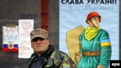 Ветеран Революції гідності на майдані Незалежності в Києві, 18 березня 2014 року