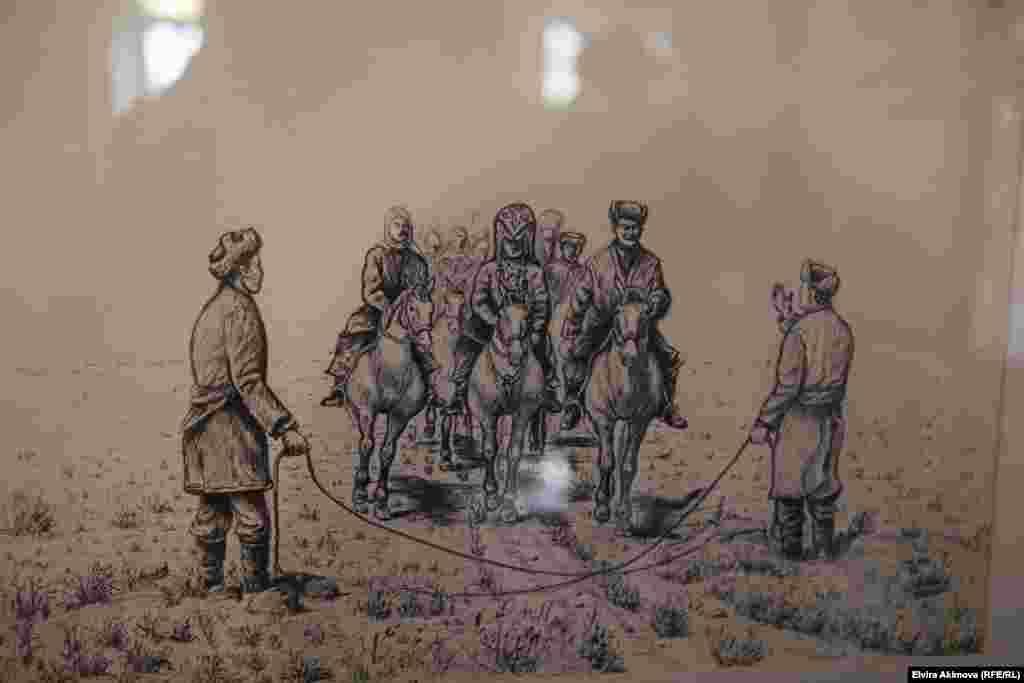 Ал төрт жашка чыккан кезде атасы Жапаркул ажы Оогандын Памирине жер оодарып, жашап калат. 1942-жылы Жапаркул ажы кайтыш болот. Анын ордуна тун баласы Рахманкул аксакалдар кеңеши тарабынан хан болуп шайланат.Ошол жылдары Ооган Памирин 30 миңге чукул кыргыздар байырлаган деп айтылат.