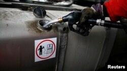 Финансовото министерство предложи държавни бензиностанции