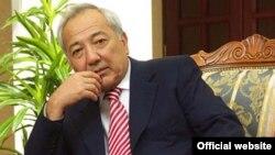 Президент Федерации футбола Узбекистана Мираброр Усмонов.