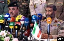 Командующие пограничными войсками Ирака (слева) и Ирана (справа) на церемонии подписания договора о взаимном сотрудничестве. 22 апреля 2015 года