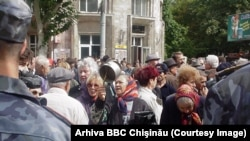 Аналитики говорили, что политический класс Молдовы в 2000 году полностью себя дискредитировал