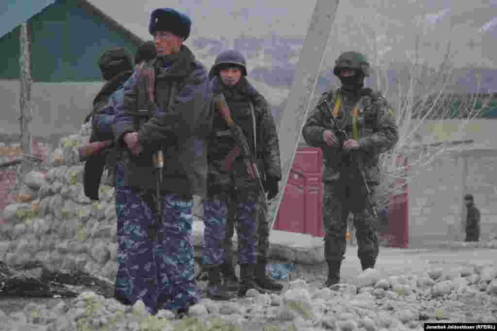 Кыргызские пограничники.