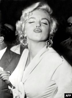 Мэрилин Монро. 1954