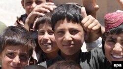 جواد: از موجودیت اطفال در گروهای مسلح غیر مسئول و مخالفین دولت ما نگران هستیم.