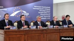 Armenia - European Commission President Jose Manuel Barroso and the leaders of Armenia, Georgia and Moldova address journalists after a meeting in Yerevan, 30Nov2012.