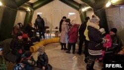 Copii ucraineni evacuați de la Avdiivka