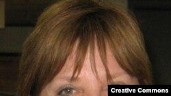 "Американская писательница Нора Робертс. <a href = ""http://en.wikipedia.org/wiki/Image:NoraRoberts.jpg"" target=_blank>Photo Dev Librarian. Wikipedia</a>"