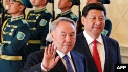 Kazakh President Nursultan Nazarbaev (left) and his Chinese counterpart Xi Jinping (right) already met in Astana earlier this year.