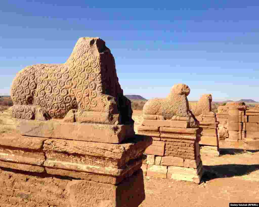 Развалины храма Амона. Нака, царство Куш