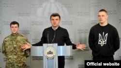 Ільля Хрэнаў, Ігар Гузь, Ян Мельнікаў (зьлева направа)