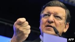 Глава Еврокомиссии Жозе Мануэл Баррозу по завршении первого дня саммита ЕС