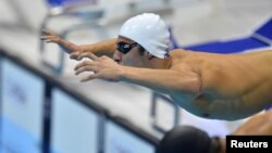 السباح مهند احمد العزاوي