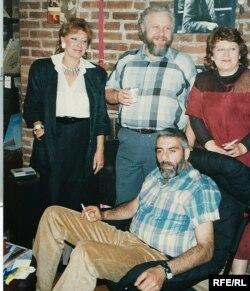 Элла Вайль, Петр Вайль, Антонина Козлова, Сергей Довлатов. Нью-Йорк. 1986