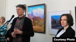 Сегодня в Сухуме в Центральном выставочном зале Союза художников Абхазии подвели итоги традиционного конкурса «Лучшая работа года»