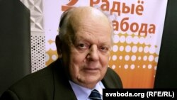Belarusian Ex- President Stanislau Shushkevich (file photo)
