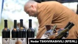Производством вина в Грузии занимаются более шестидесяти компаний
