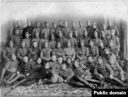 Генерал Пепеляев и офицеры Первой сибирской штурмовой бригады