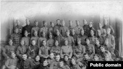 Генерал Пепеляев и офицеры Первой сибирской штуромовой бригады