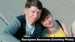 Антон Конев с матерью