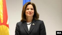 Американската амбасадорка во Македонија, Кејт Брнс