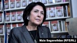С настороженностью смотрят на кандидатуру Саломе Зурабишвили грузинские наблюдатели