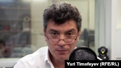 Boris Nemtsov in RFE/RL's Moscow studio (file photo)