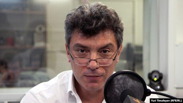 Boris Nemtsov in RFE/RL's Moscow studio (file photo)
