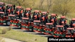 Эти тракторы были закуплены в рамках программы «Помощь селу»