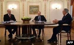 Президенты Беларуси, России и Казахстана на заседании Высшего Евразийского экономического совета. Москва, 5 марта 2014 года.