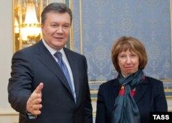 Viktor Ianukovici şi Catherine Ashton