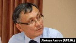 Бұрынғы дипломат Қазбек Бейсебаев. Алматы, 9 қыркүйек 2013 жыл.
