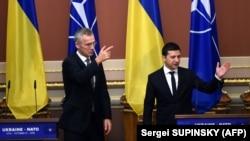 Генеральный секретарь НАТО Йенс Столтенберг и президент Украины Владимир Зеленский, Киев, 31 октября 2019 года
