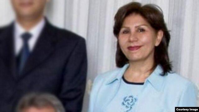 مهوش ثابت، معلم و شاعر و از رهبران جامعه بهایی به ۲۰ سال زندان محکوم شده است