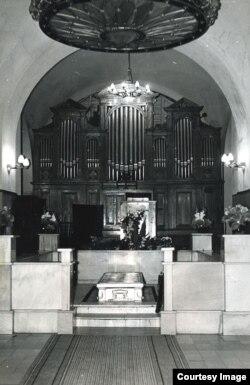 Орган крематория в Донском монастыре
