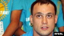 Екі мәрте олимпиада чемпионы Илья Ильин. Алматы, 6 тамыз 2012 жыл.