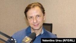 Vlad Kulminski în studioul Europei Libere la Chișinău