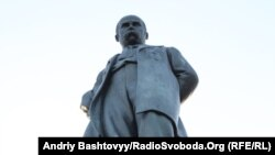 Могила Тараса Шевченка у Каневі