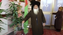 Türkmenistan: 'Saýlaw' saýty açyldy, dalaşgärler hökümeti tankytlamaýar