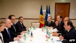 Учесници на самитот во Рига.