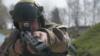 Один український військовий поранений на Донбасі – штаб