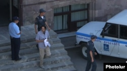Armenia - Andrias Ghukasyan is being brought to the Court of Appeal, 24Aug, 2016