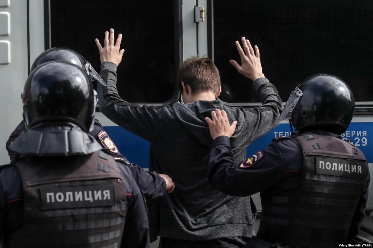 В России назвали новые цифры задержанных в Москве