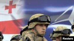 Грузинский солдат на церемонии открытия совместных учений Грузии и НАТО