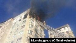 Пожар в многоэтажном доме по улице Кирова в Керчи
