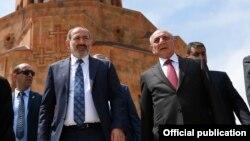 Հայաստանի վարչապետ Նիկոլ Փաշինյան, ԼՂ նախագահ Բակո Սահակյան, արխիվ