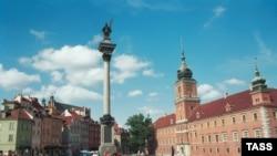 В понедельник городская избирательная комиссия объявила, что мэром столицы стала Анна Гронкевич-Вальц, получившая чуть более 53% голосов